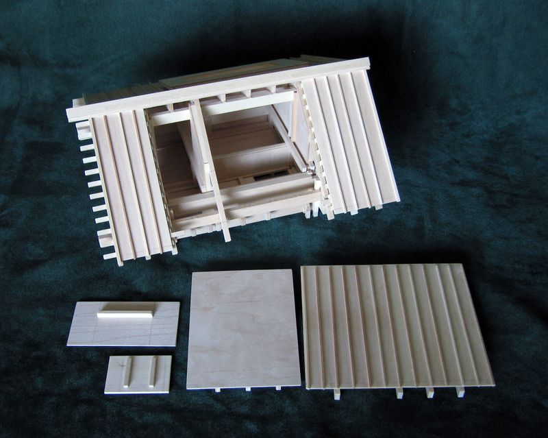 Playhouse, version 1, four removable elements